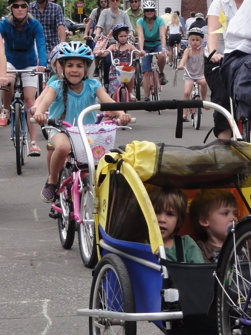 Sunday Parkways participants